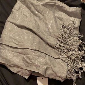 Grey scarf with silver specks